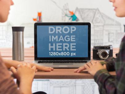 MacBook Gals Chatting