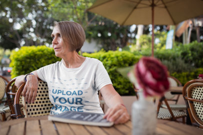 Senior Lady Wearing a T-Shirt Template at the Coffee Shop a20663