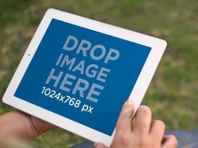 White iPad Retina Display Grass