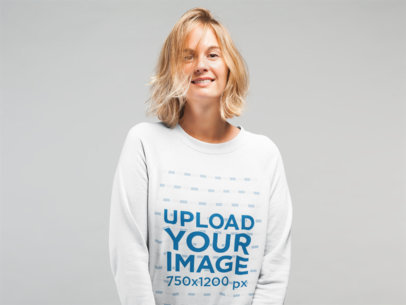 Mockup of a Woman With Messy Hair Wearing a Sweatshirt 22323