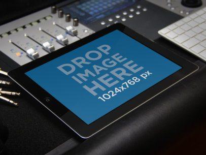 Black iPad Music Studio Landscape