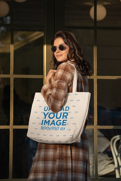 Mockup of an Elegant and Classy Woman Carrying a Tote Bag 28861