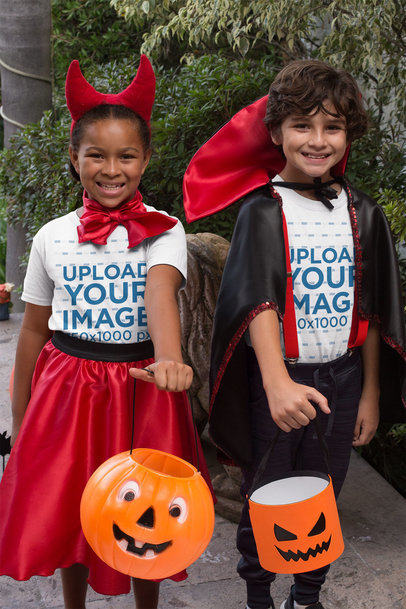 T-Shirt Mockup of Two Kids with Halloween Costumes 29311