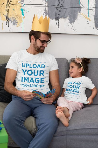 T-Shirt Mockup Featuring a Dad Reading a Story to His Daughter on Father's Day 33073