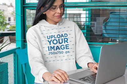Hoodie Mockup of a Middle-Aged Woman Working 32082