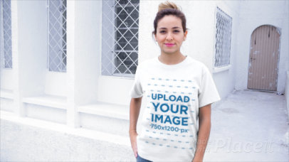 T-Shirt Video of a Young Woman Posing by a White House 13045