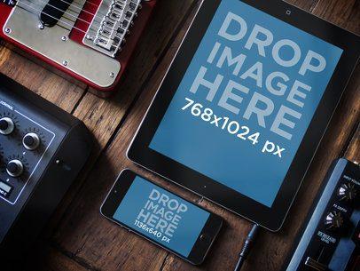 Multistage Apple iPhone 5s Grey Portrait Vs Apple iPad Black Portrait Music Studio