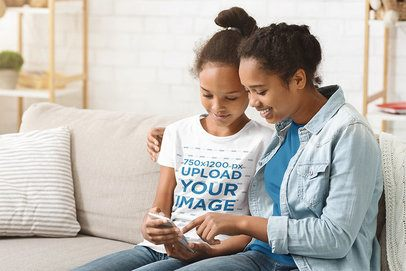 T-Shirt Mockup of a Girl and Her Mom Looking at a Phone 37470-r-el2