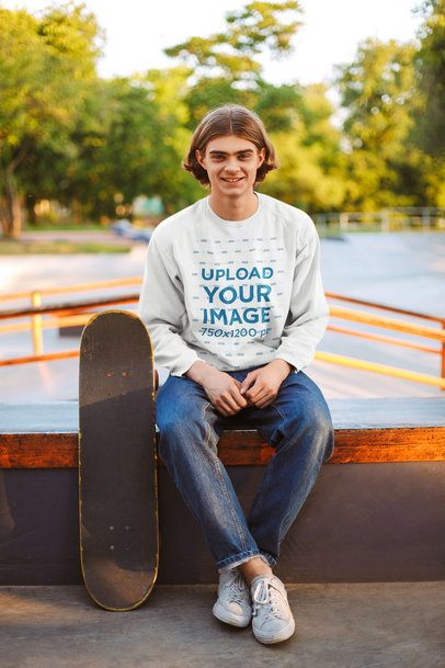 Sweatshirt Mockup of a Young Man at a Skate Park 37900-r-el2