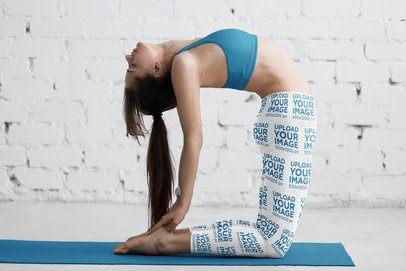 Leggings Mockup of a Female Yogi Doing a Backbend 38425-r-el2