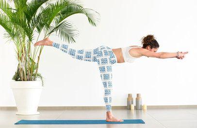 Leggings Mockup of a Woman Doing a Warrior Three Yoga Pose 38588-r-el2