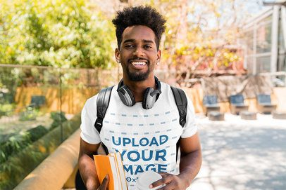 Mockup of a College Student Wearing a Heathered T-Shirt 39118-r-el2