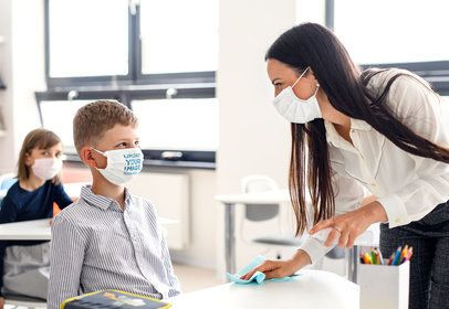 Face Mask Mockup Featuring a Boy and a Teacher at School 39862-r-el2