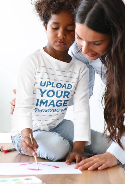 Long Sleeve Tee Mockup of a Little Girl Painting Watercolors with Her Mom 41997-r-el2
