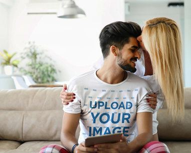 T-Shirt Mockup Featuring a Man with His Girlfriend at Home 43631-r-el2