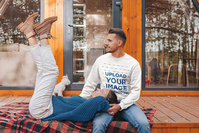 Sweatshirt Mockup Featuring a Man Hanging Out with His Girlfriend 44618-r-el2