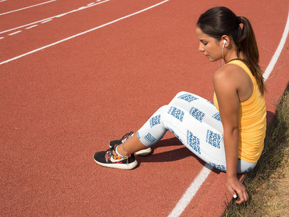 Track and Field Uniforms - Mockup of a Girl Concentrating on a Running Track While Wearing Leggings a15326