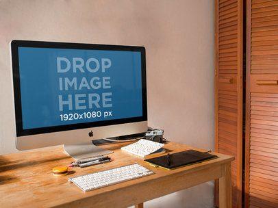 Beautiful iMac Mockup at a Home Office a4668