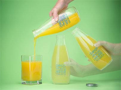 Motion Photo Mockup of a Person Pouring a Glass of Juice a8430